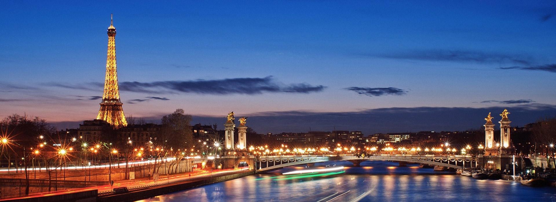 UNILINES vrši putovanja autobusom za Francusku - Pariz